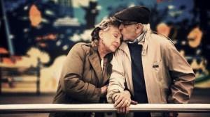 personnes-agees-qui-saiment