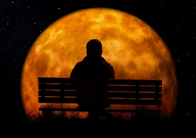 moon-3141248_1920