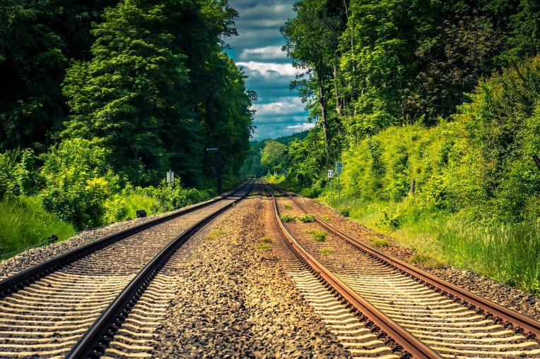 rails-4306770_1920